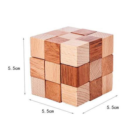 cube serpent en bois